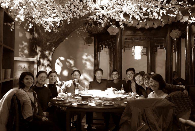 Prof. Yan and his students, 上海大学
